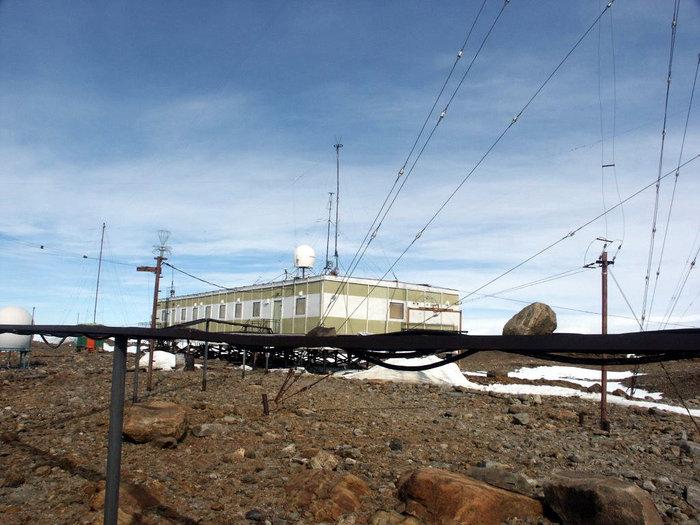 Радиостанция на станции