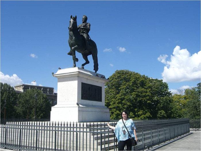 Памятник Генриху IV