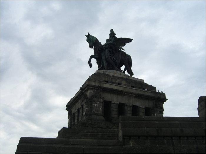 Памятник императору Вильгельму I