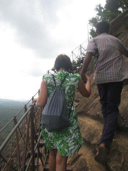 Если вам тяжело или боитесь высоты — вам непременно помогут местные помощники (за определенную плату)