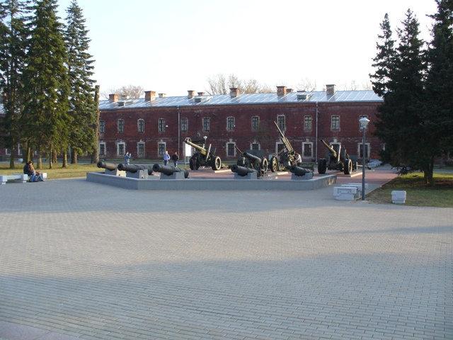 02. Артиллерийские орудия