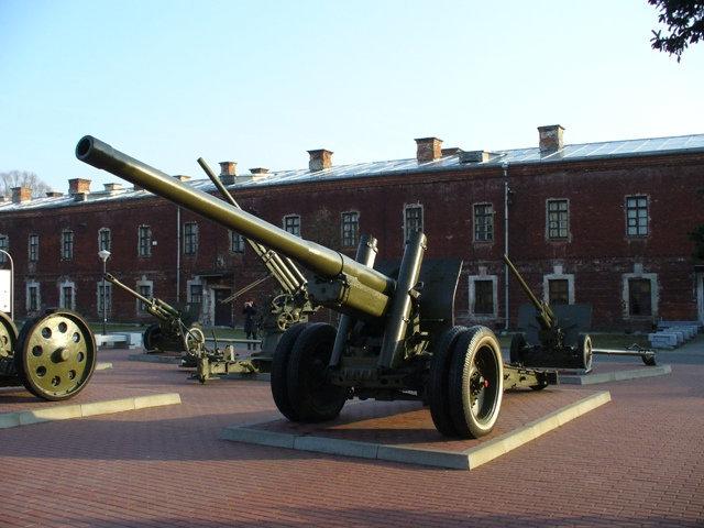05. Артиллерийские орудия