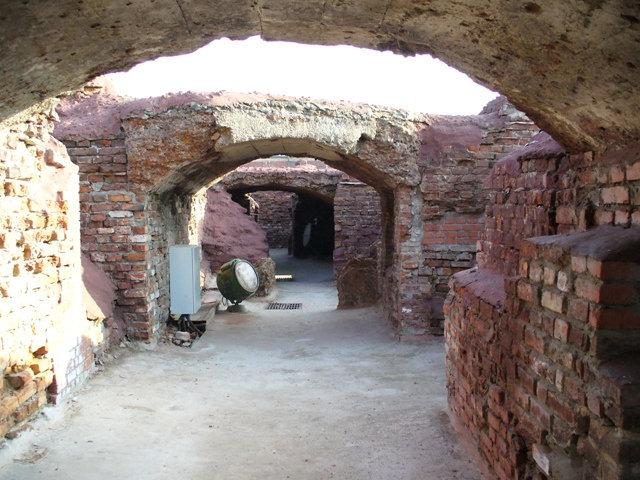 34. Руины Белого дворца