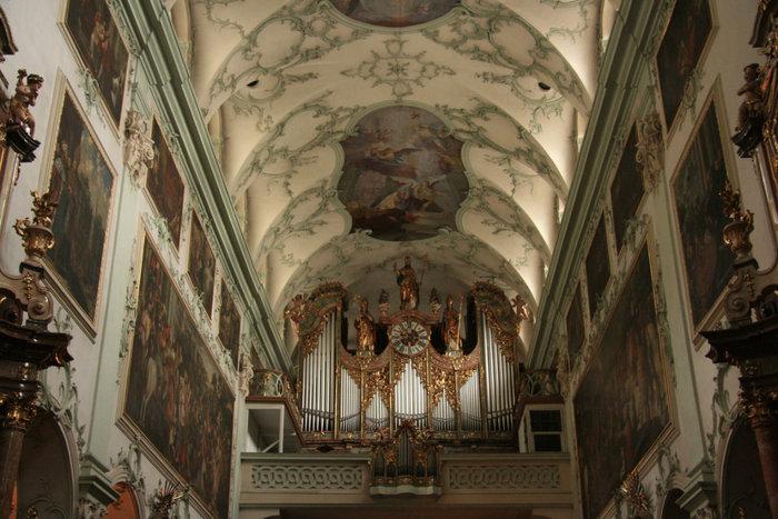 монастырская церковь Святого Петра