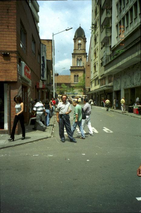 Ваш покорный слуга на одной из улиц Медельина