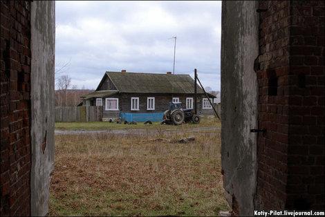 Деревня жилая, но умирающая.