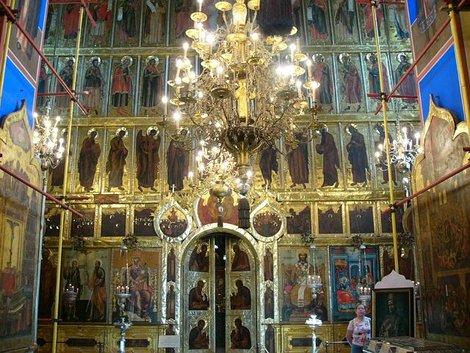 25. Интерьер Рождественского собора. Иконостас
