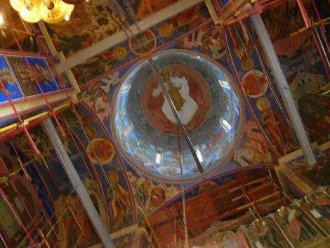 27. Интерьер Рождественского собора. Роспись