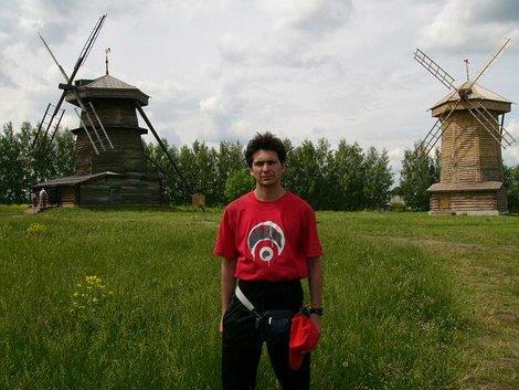 43. Музей деревянного зодчества. Ветряные мельницы из села Мошок Судогодского района XVIII век