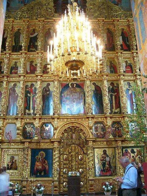 27.  иконостас Троицкого собора