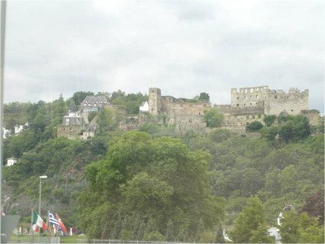 Замок или крепость?