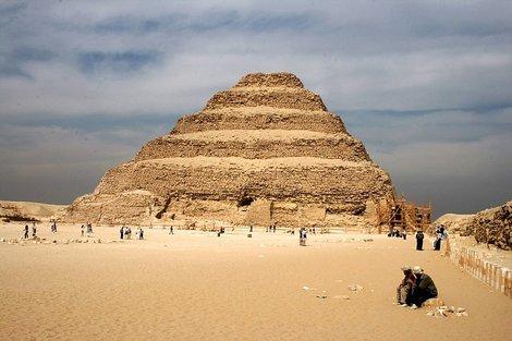 Ступенчатая пирамида Джосера