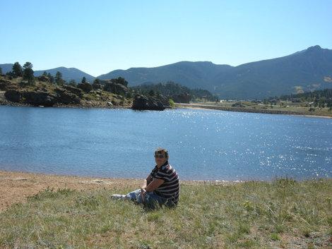 У озера Мери.