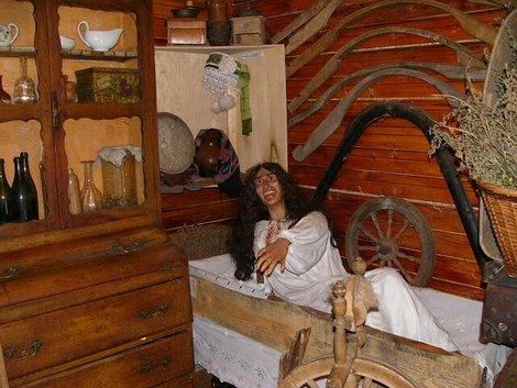 56. Экспозиции Музея мифов и суеверий русского народа