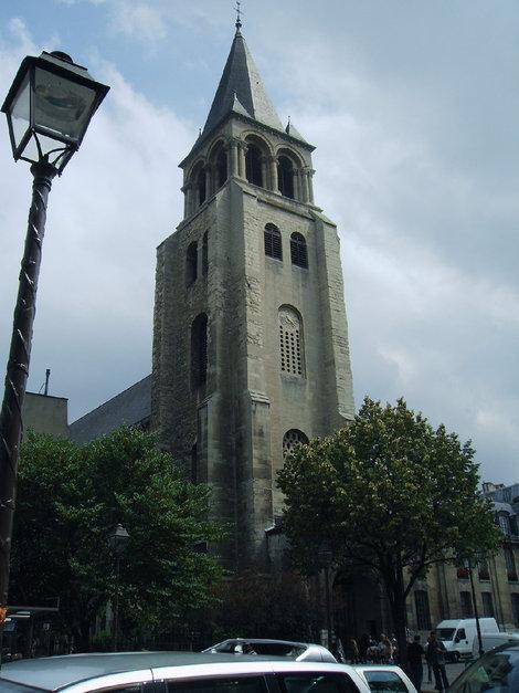 Церковь Сен-Сюльпис, воспетая Деном Брануом