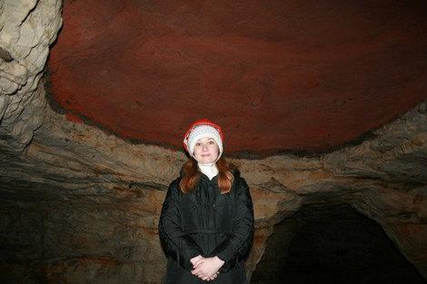 Потолок из красного песка.