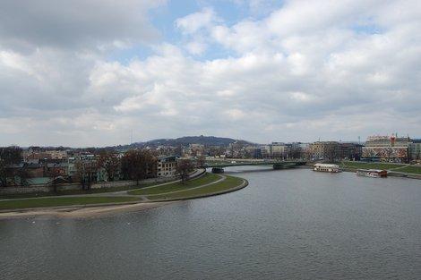 Панорама Кракова и набережной Вислы