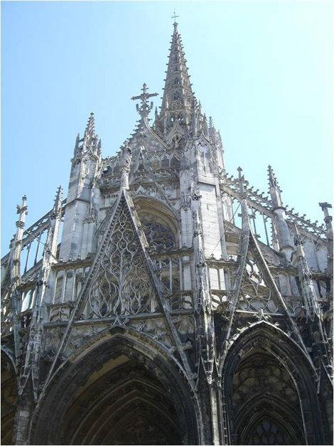 Церковь Св. Маклу