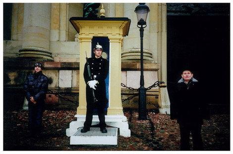 Стокгольм. Королевский гвардеец возле дворца