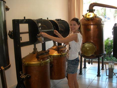 Оборудование на парфюмерной фабрике