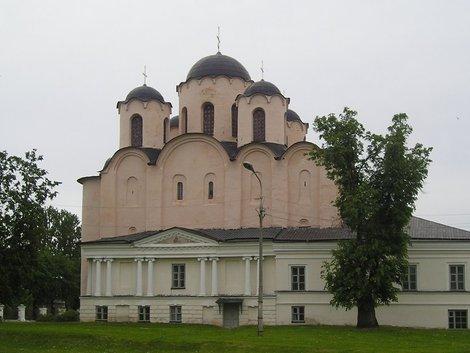 Никольский собор на Ярославовом дворище.