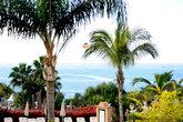 Вид на море с территории гостиницы