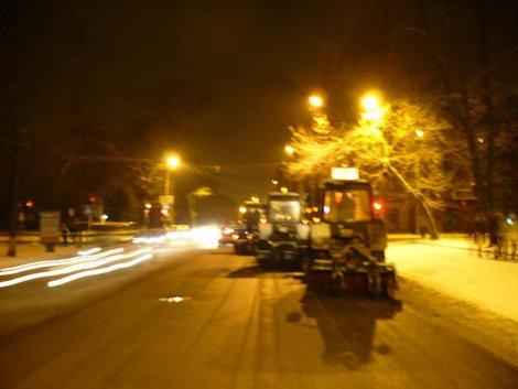 Вечерний Псков — эскорт снегоуборщиков