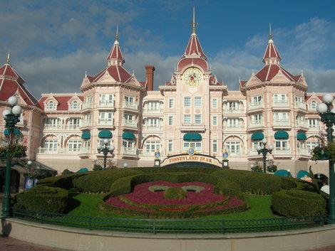 Отель Disneyland 4*