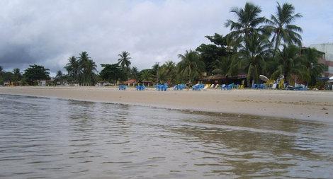 Пляж острова Итапарика, тут провели последний день