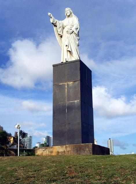 У них тоже есть своя статуя Христа