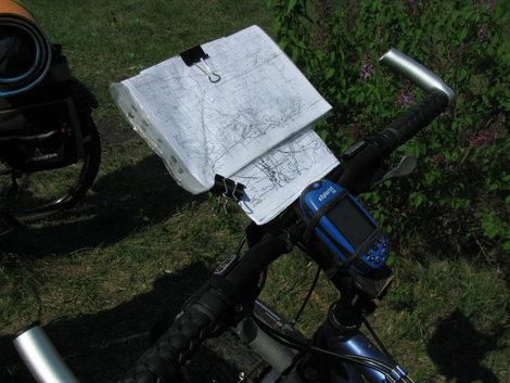 Крепление для карты и GPS — бюджетный вариант