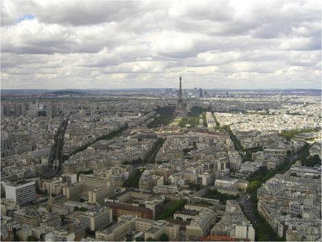 Вид на Эйфелеву башню с башни Монтпарнас
