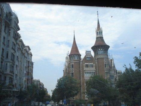 На улицах Барселоны...
