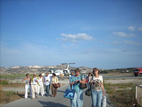 Летное поле на о.Милос. Остров Милос, Греция