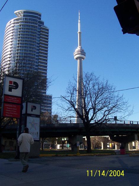 телевизионная башня CN