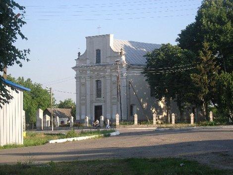 Костел в Вороновице