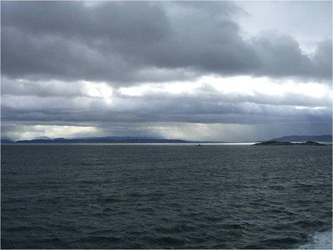 Суровые пейзажи Норвегии (сделано на пароме)