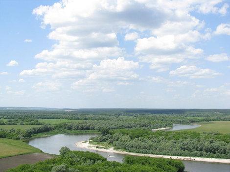 Вид с холма над монастырем