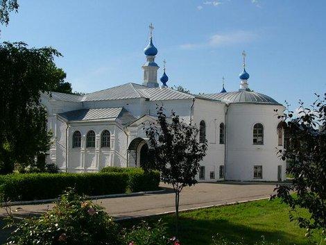 07. Территория Княгинина монастыря. Что за здание мы не выяснили