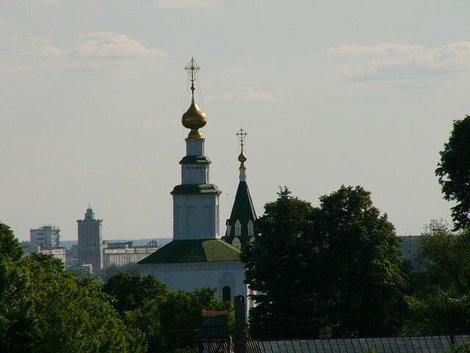 17. Вид на владимирские храмы с обзорной площадки