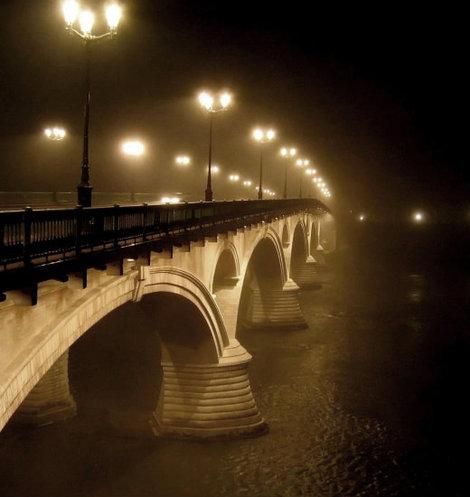 Мост через Гаронну. Осень.