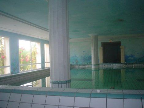 Бассейн для аквааэробики в талассо-центре.