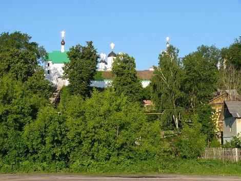 02. Муромский Спасо-Преображенский мужской монастырь. Вид с Оки