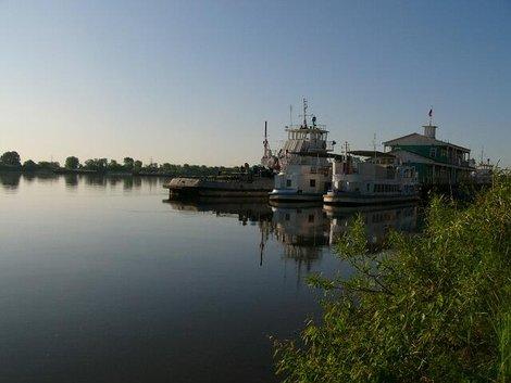 13. Река Ока  — песчаные берега, типа пристань