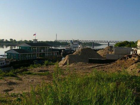 14. Река Ока  — песчаные берега, «склад металлолома» и барханы из песка