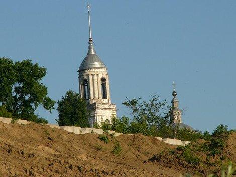 20 Смоленская церковь. Вид с Оки
