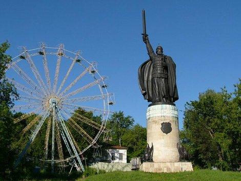 28. «Кто с мечом к нам придет…» — Илья Муромец в Окском парке