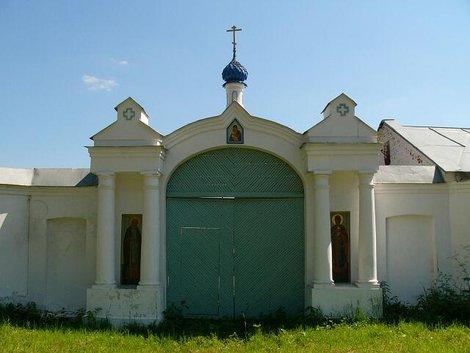 47. Свято-Боголюбский женский монастырь вблизи