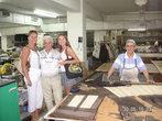 На фабрике по пошиву норковых шуб
