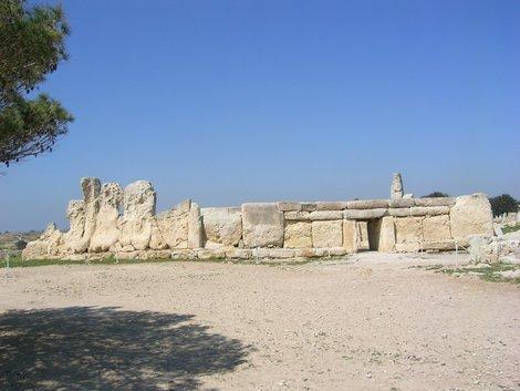 Неолитический храм Хаджар-Им